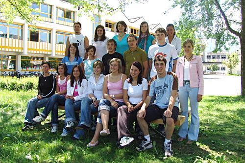 Maturanten der Klasse 5A HOB - Schuljahr 2004/05
